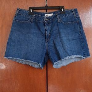 Levi's Jean shorts size 14